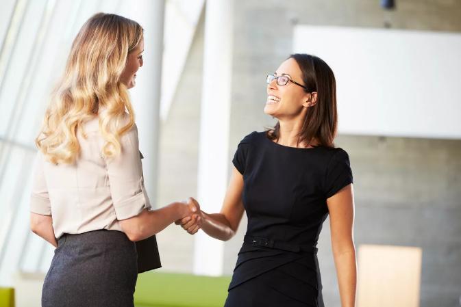 Как знакомиться с новыми людьми – 7 секретов от психолога Нины Коваль