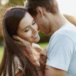 Как понять, что мужчина действительно тебя любит – советы от психолога Надежды Майер.