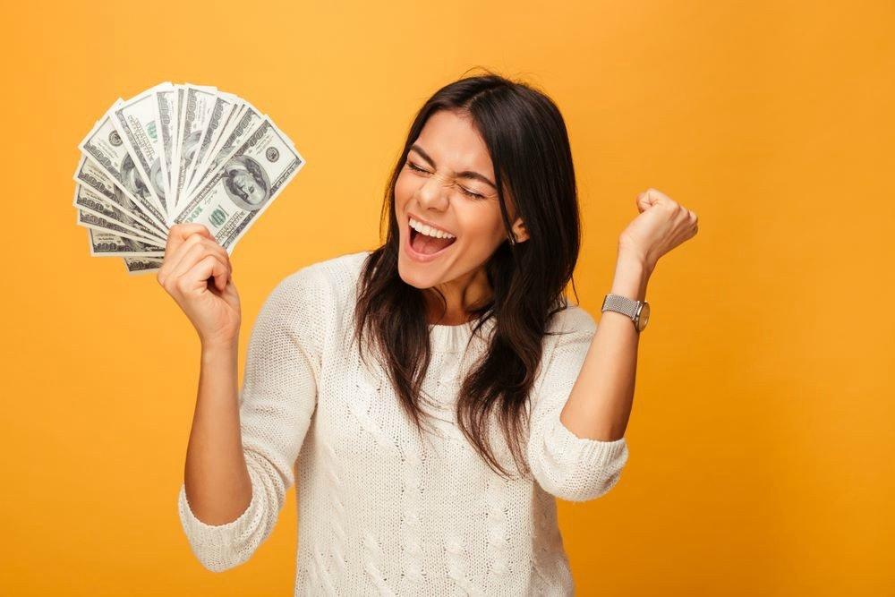 Китайский код «520»: как привлечь деньги? Советы от эзотерика Лауры Слим.